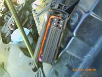 sharan 2002r. tdi, Co powinno być za akumulatorem?